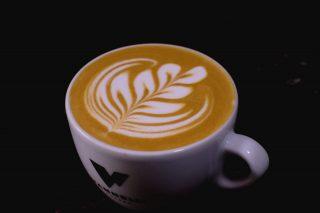 Slow Rosetta 💕 . . . #latteart #latteartgram #latteartporn #latteartist #latteartheroes #tulip #rosetta #cappuccino #cappuccinoart #cappuccinotime #cappuccinolover #barista #baristalife #baristagram #baristadaily #thestoryofbarista #art #drawing #artist #artwork #coffee #coffeetime #coffeelover #breakfast #pouringpaint #cortona #espresso #specialtycoffee #picoftheday #slowsetta